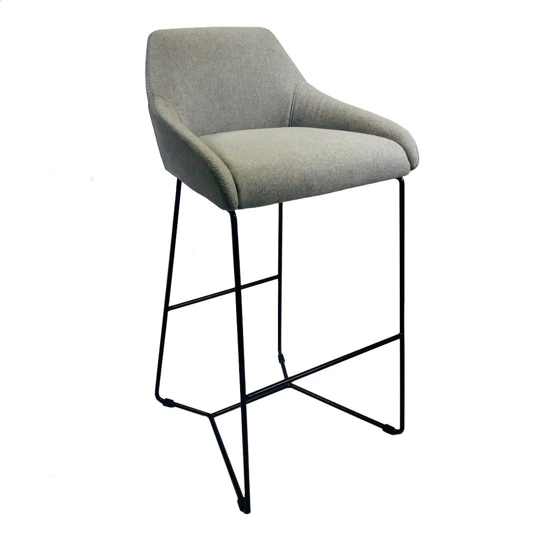 Poppy stool no background